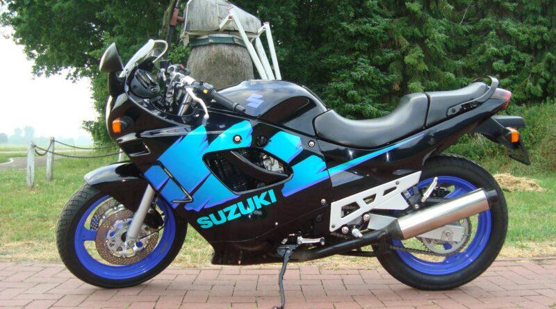 Первый мотоцикл Suzuki GSX600F Katana